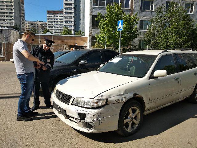 Car21292_0.jpg