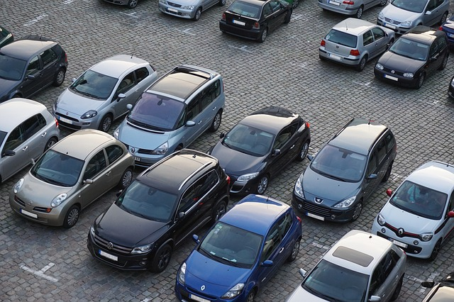parking_825371_640_0.jpg